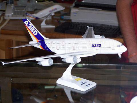 Modelo a Escala de un Airbus A380.