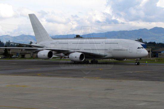 Primer Airbus A380 en el Aeropuerto José María Córdova de Rionegro.