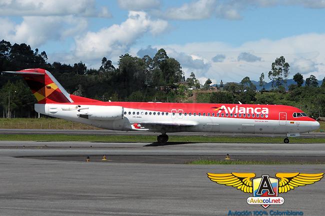 Fokker 100 de Avianca (SAM) en el Aeropuerto Internacional José María Córdova de Medellín (Rionegro)