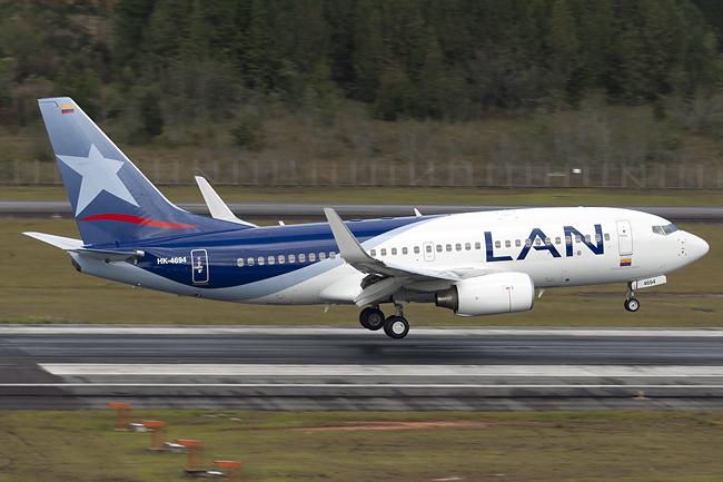 Boeing 737 de LAN Colombia