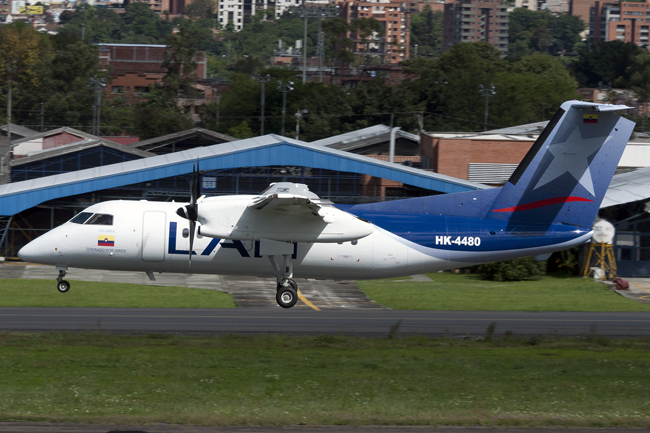 LAN Colombia Q200