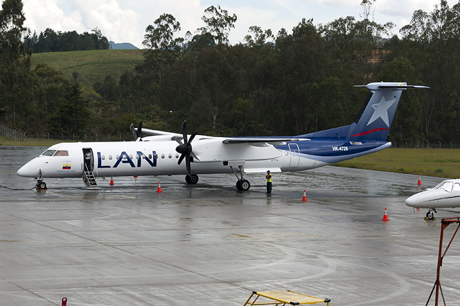 LAN Colombia Q400