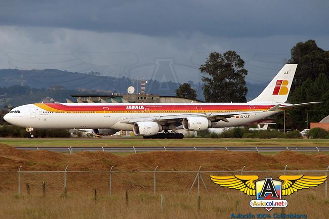 Airbus A340-600 de Iberia en el Aeropuerto El Dorado de Bogotá