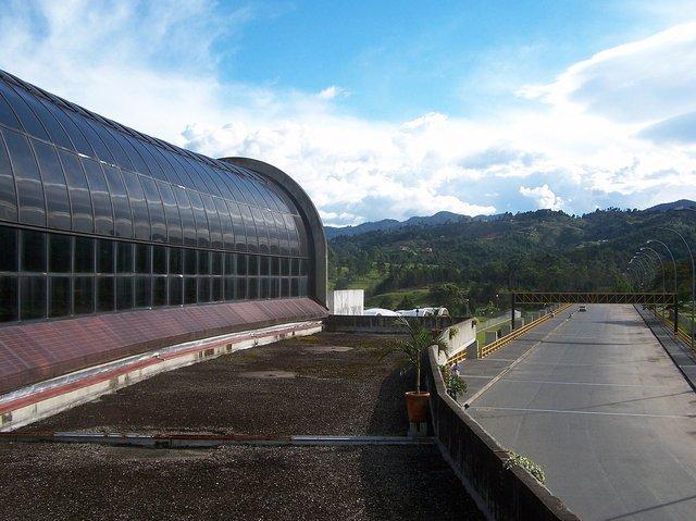 Extremo sur estructura Aeropuerto José María Córdova
