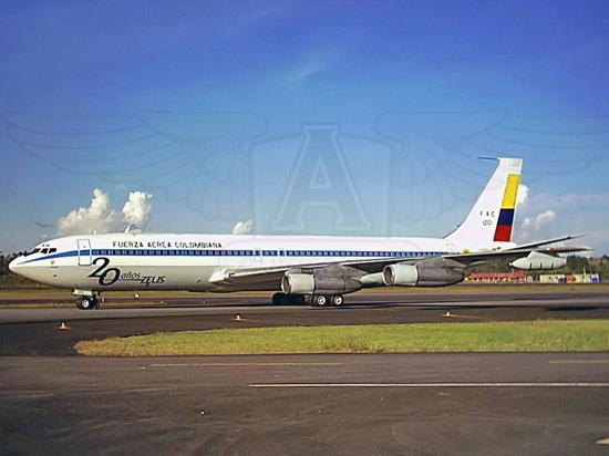Boeing 707-323C de la Fuerza Aérea Colombiana en Medellín (Rionegro)