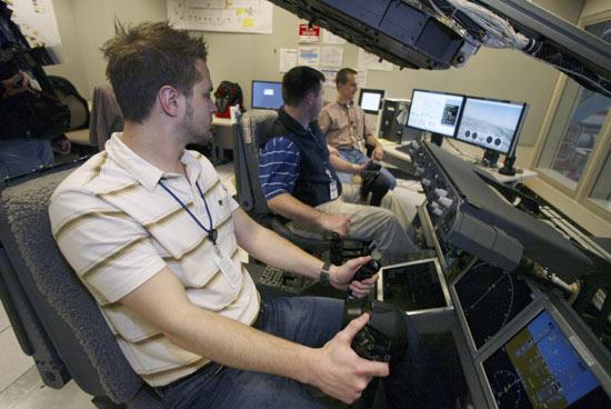 Ingenieros de Boeing hacen pruebas a sistemas hidráulicos del 787