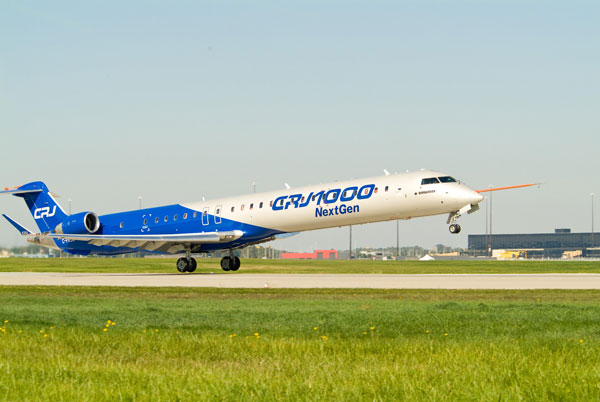 Bombardier CRJ1000 NextGen Primer Vuelo