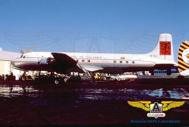 HK-754 Douglas DC-6