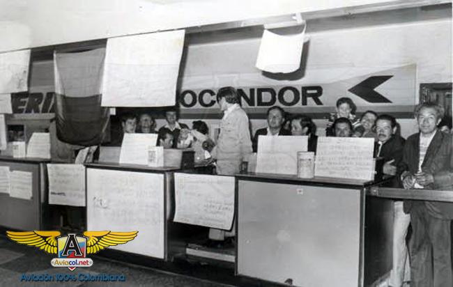Empleados de Aerocóndor en Eldorado.