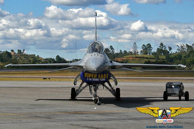 F-16 del Viper East Demo Team - Aviacol.net El Portal de la Aviación Colombiana