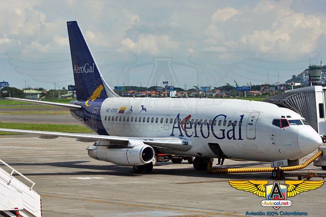 Boeing 737 en el aeropuerto de Guayaquil - Aviacol.net El Portal de la Aviación Colombiana