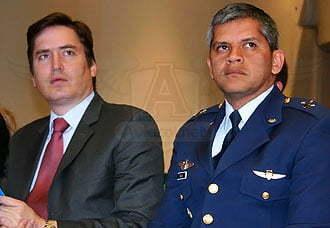 Se presentó a los medios en Bogotá la F-AIR 2011 | Aviacol.net El Portal de la Aviación Colombiana