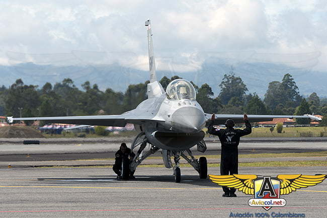 Comenzó oficialmente la F-AIR Colombia 2011   Aviacol.net El Potal de la Aviación Colombiana