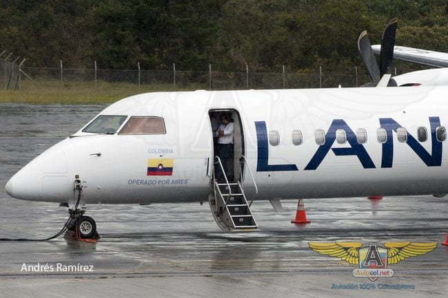 Q400 de Aires en colores de LAn Colombia