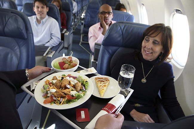 Atención de bordo de Delta Air Lines