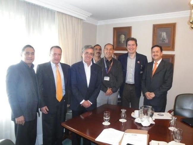 Reunion entre representantes de los Controladores Aéreos y el Gobierno