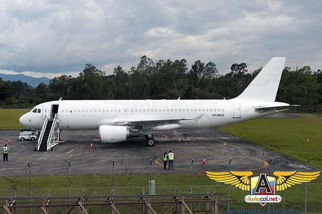 Primer A320 de VivaColombia