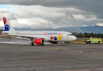 VivaColombia recibe su tercer avión y completa su flota para comenzar operaciones | Aviacol.net El Portal de la Aviación Colombiana