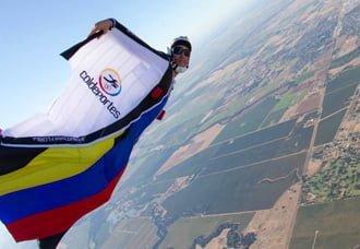 Paracaidista colombiano, tras tres récords Guinness | Aviacol.net El Portal de la Aviación Colombiana