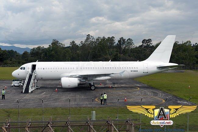 Primer Airbus A320 de VivaColombia a su llegada al Aeropuerto de Rionegro