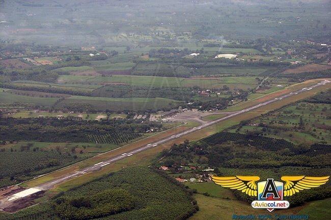Aeropuerto El Edén desde el aire.
