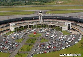 Descargas eléctricas afectan comunicaciones aeronáuticas en el área terminal de control de Rionegro | Aviacol.net El Portal de la Aviación Colombiana