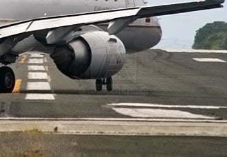 Memorando de entendimiento da vía libre a obras de repavimentación de la pista de San Andrés | Aviacol.net El Portal de la Aviación Colombiana