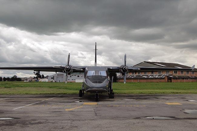 Comando Aéreo de Mantenimiento finaliza mantenimiento de C212 y avanza evolución de T-90   Aviacol.net El Portal de la Aviación Colombiana