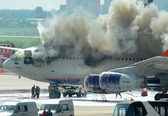 Avión Ilyushin Il-96 de Aeroflot se incendió en Moscú | Aviacol.net El Portal de la Aviación Colombiana