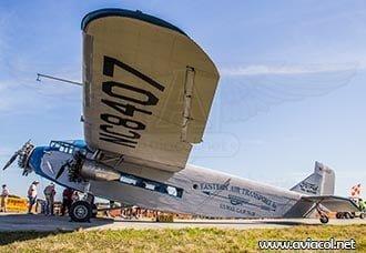 Un vuelo en el Ford Trimotor de la EAA | Aviacol.net El Portal de la Aviación Colombiana