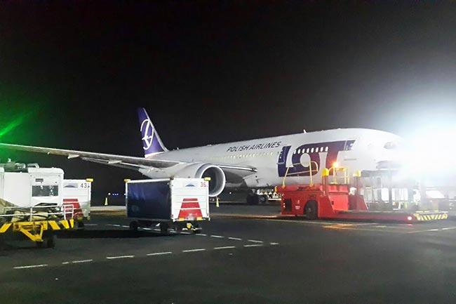 El primer 787 en Colombia | Aviacol.net El Portal de la Aviación en Colombia y el Mundo
