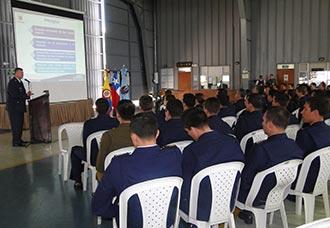 Comisión chilena visita Comando Aéreo de Mantenimiento de la FAC | Aviacol.net El Portal de la Aviación en Colombia y el Mundo