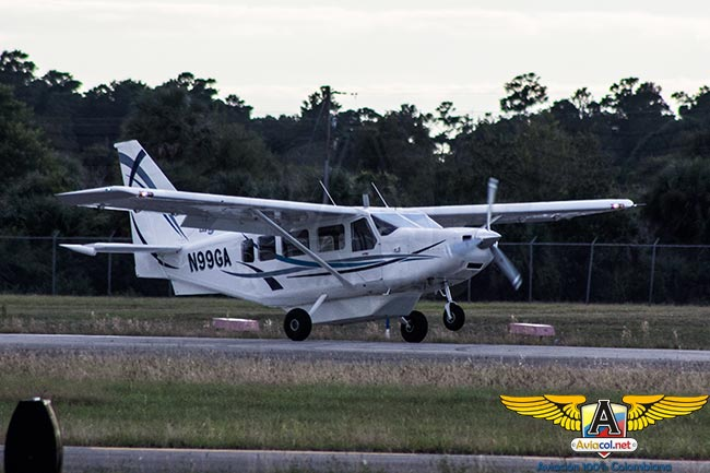 Conociendo el Mahindra Aerospace Airvan 8