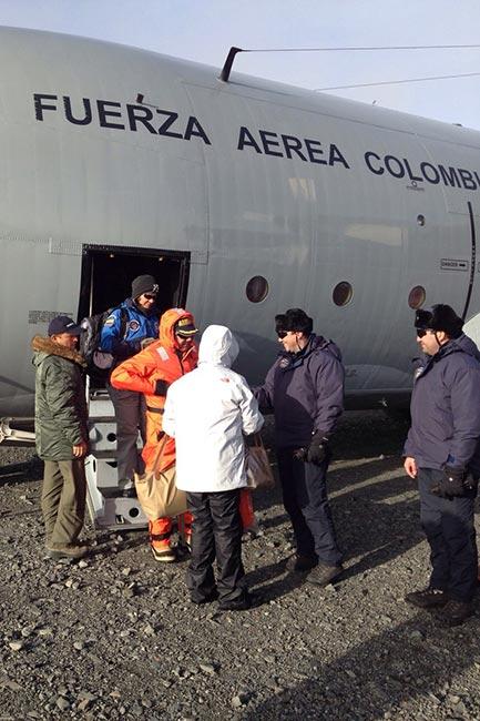 La FAC traslada a MinDefensa y Canciller de Colombia hasta la Antártida | Aviacol.net El Portal de la Aviación