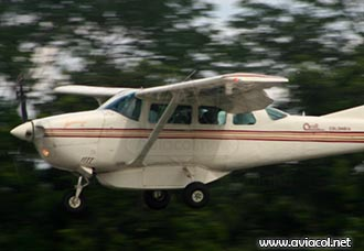 Avión Cessna 206 cae al río Vaupés en Colombia | Aviacol.net El Portal de la Aviación