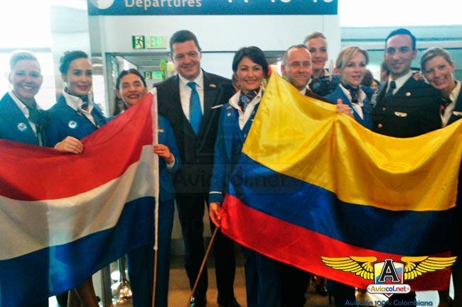 Boeing 777-200 de KLM ya aterrizó en suelo colombiano | Aviacol.net El Portal de la Aviación