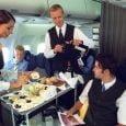 Españoles ocupan el tercer lugar entre los pasajeros que más comen a la hora de volar | Aviacol.net El Portal de la Aviación