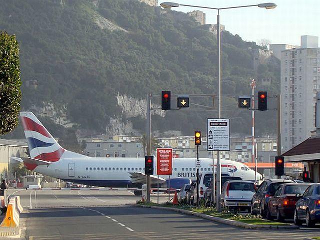 Aeropuertos de ato riesgo /Aviacol.net