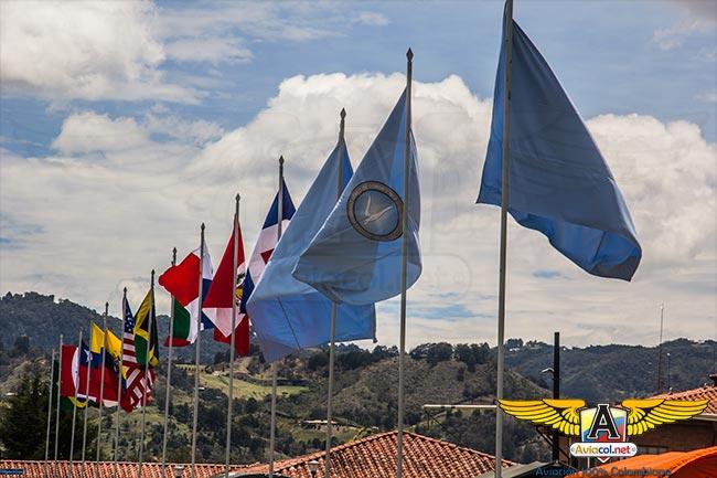Banderas de países participantes Ángel de los Andes 2015
