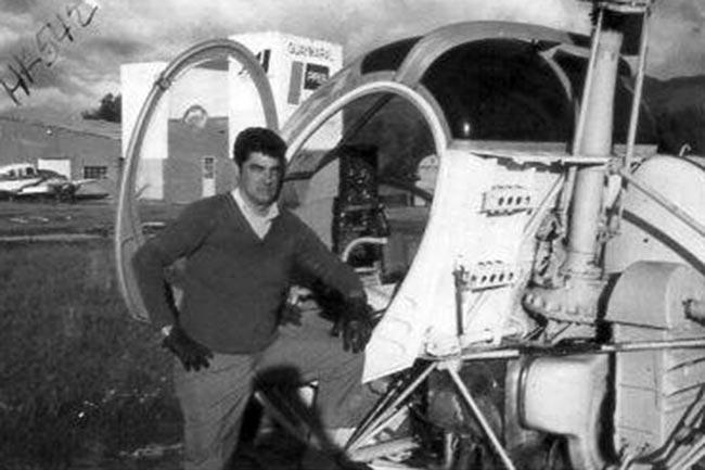 Jaime Borda en instrucción de vuelo de helicóptero