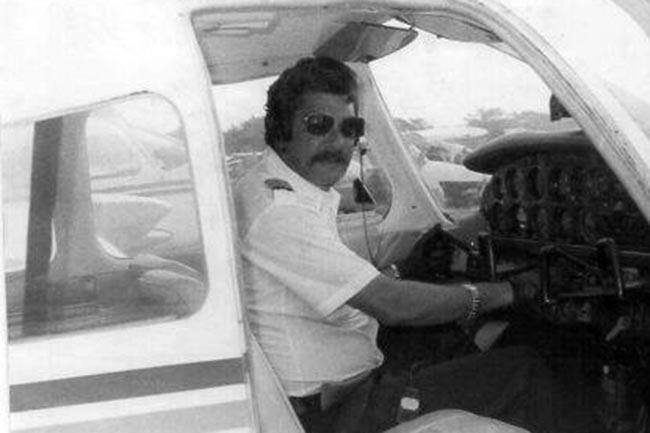 Jaime Borda a bordo de un avión de la Patrulla Aeronaval de Cartagena