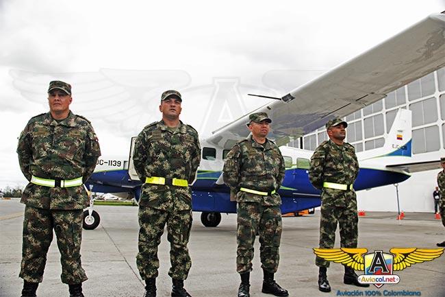 Tropulación que trajo el avión Cessna Grand Caravan EX, EJC-1139, para el Ejército de Colombia