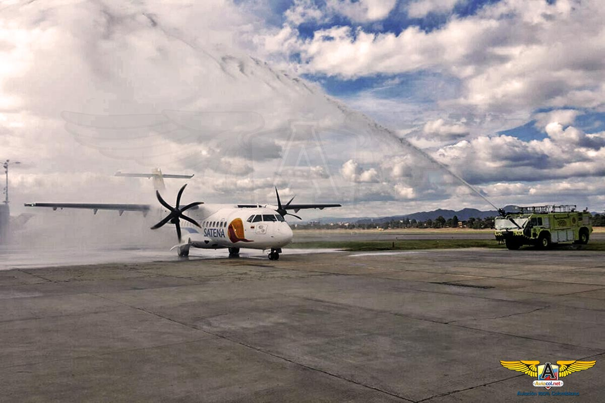 Llegada del segundo ATR 42 600 SATENA - Aviacol.net El Portal de la Aviación