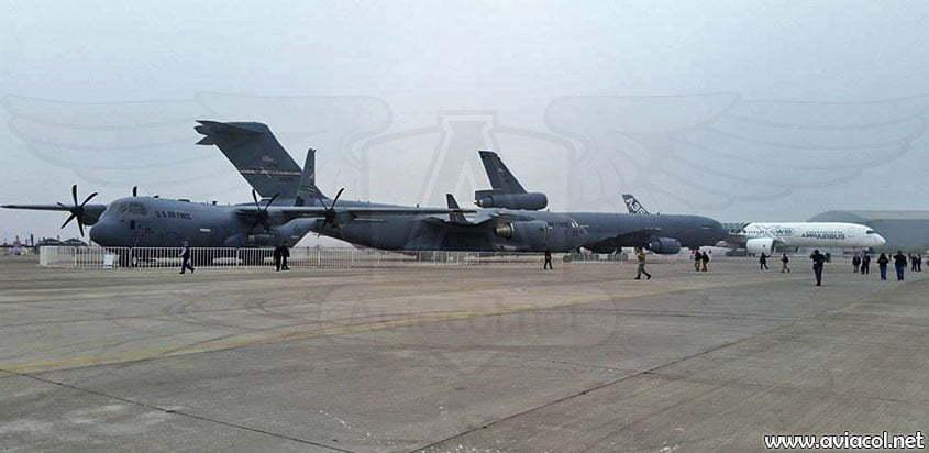 Plataforma de exhibición de aviones de FIDAE