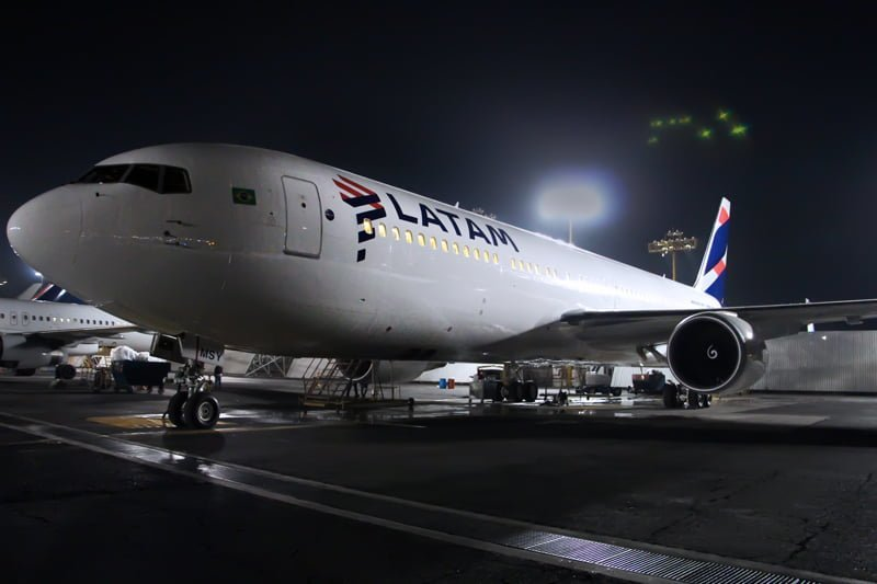 Vista de frente del nuevo esquema de pintura de LATAM Airlines