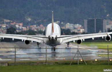 Avión aterrizando en Bogotá