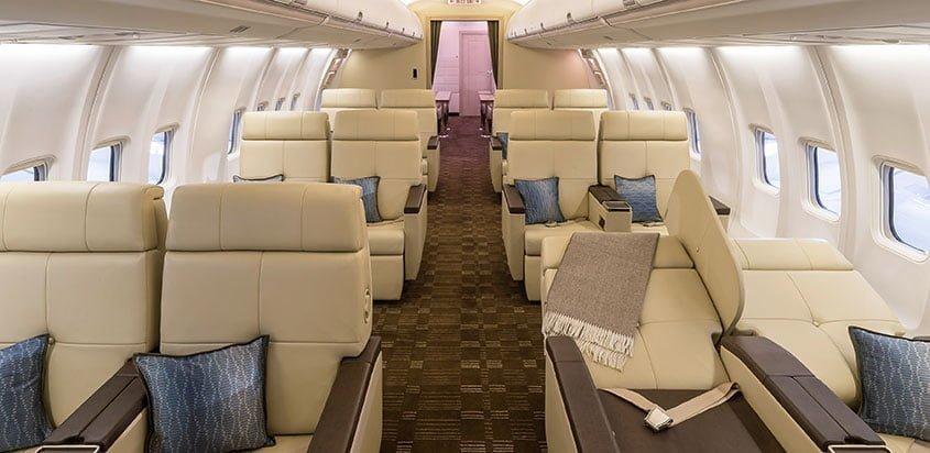 Interior de un Boeing Business Jet