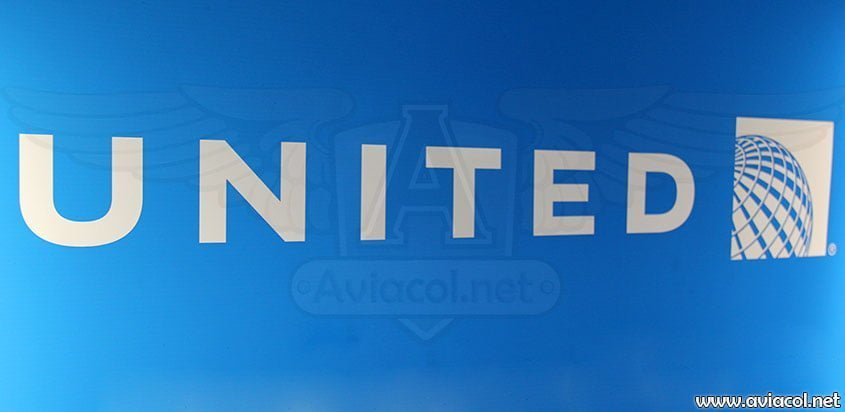 United Airlines celebra 90 años