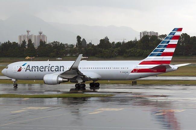 Boeing 767-300 de American Airlines en Bogotá.
