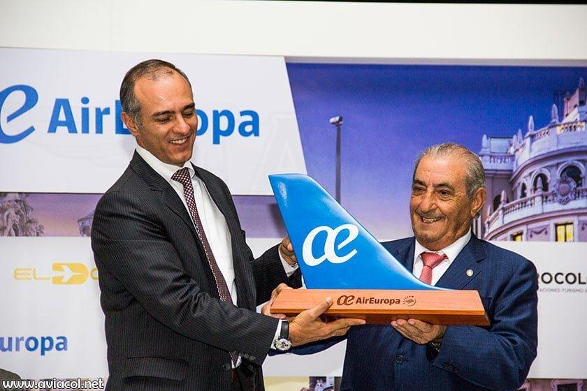 Ceremonia del primer vuelo de Air Europa a Bogotá